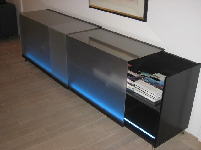 sideboard volare van team by wellis nibourg interieurs. Black Bedroom Furniture Sets. Home Design Ideas